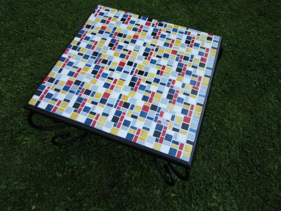 "CAROLE HERBILLON pour TABLE ""MONDRIAN"""